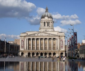 Nearby Nottingham Town Hall